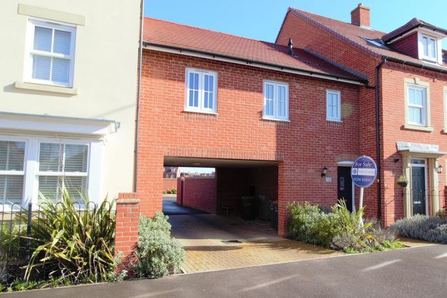 Thumbnail Flat for sale in Kingswood Way, Great Denham, Beds