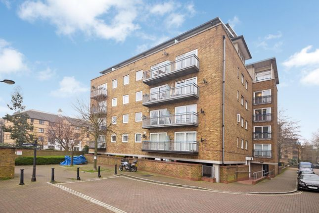 Thumbnail Flat for sale in Boat Lifter Way, London