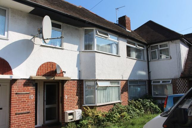 Thumbnail Maisonette for sale in South Street, Enfield