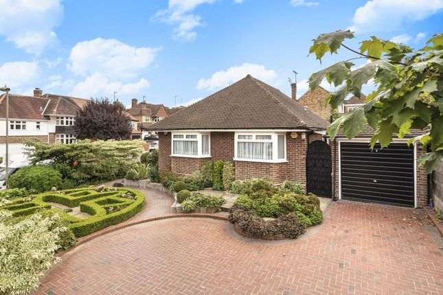 Thumbnail Detached bungalow for sale in Friern Mount Drive, Whetstone