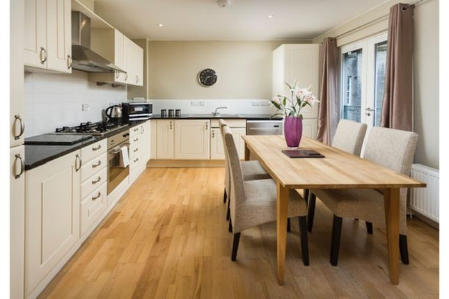 Kitchen of Edmonstones Close, Edinburgh EH1