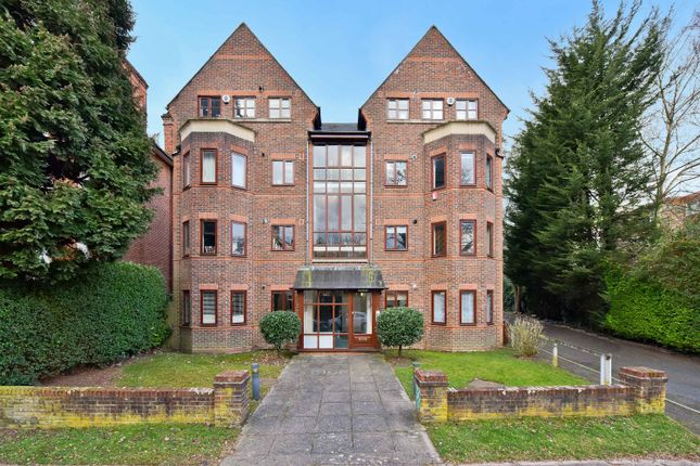 Thumbnail Flat for sale in Shortlands Grove, Bromley