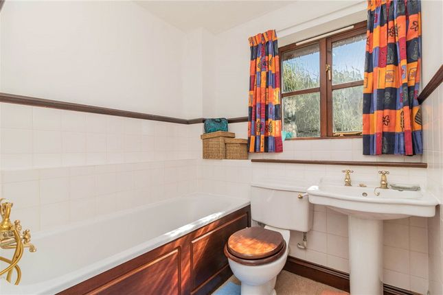Family Bathroom of Hunnels Close, Church Crookham, Hampshire GU52