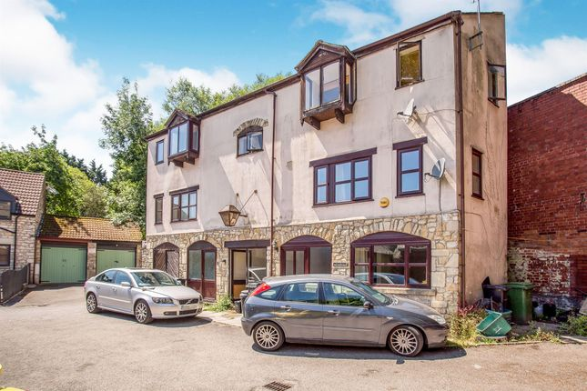 Thumbnail Flat for sale in Coombend, Radstock