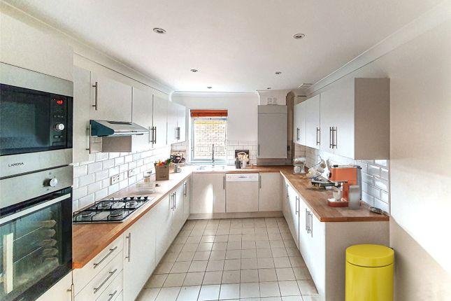 Thumbnail Flat for sale in Tavistock Gate, East Croydon, London