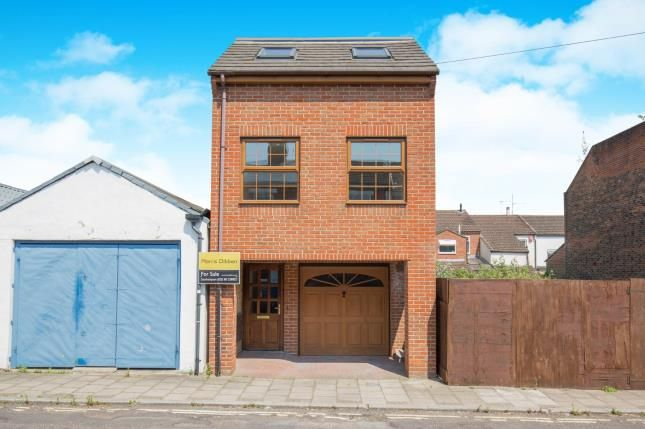 Thumbnail Detached house for sale in Bath Street, Southampton