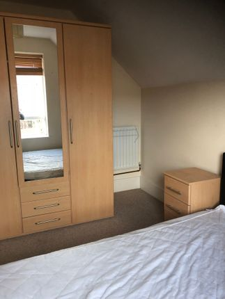 Thumbnail Shared accommodation to rent in Leicester Street, Kettering