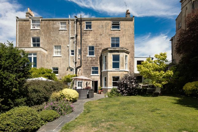 Thumbnail Semi-detached house for sale in Macaulay Buildings, Widcombe, Bath, Somerset