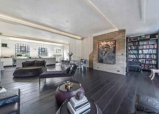 Terraced house for sale in Peary Place, Bethnal Green, London