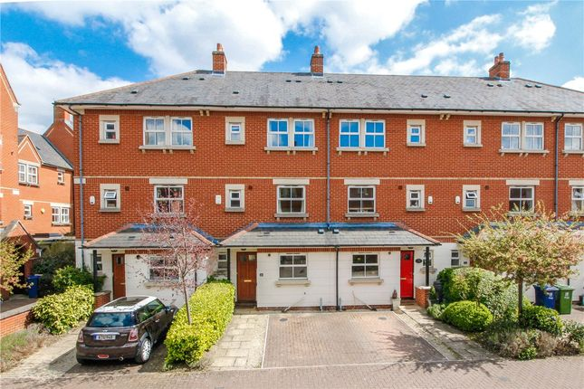 Thumbnail Terraced house for sale in Rickyard Close, Oxford