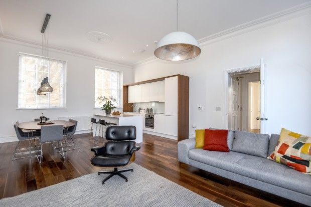 Thumbnail Terraced house for sale in William Gaitskell House Paradise Street, London