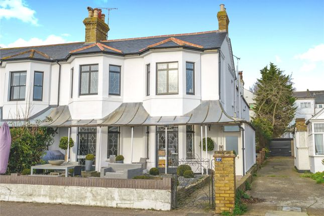 Thumbnail Flat for sale in Clifftown Parade, Southend-On-Sea, Essex