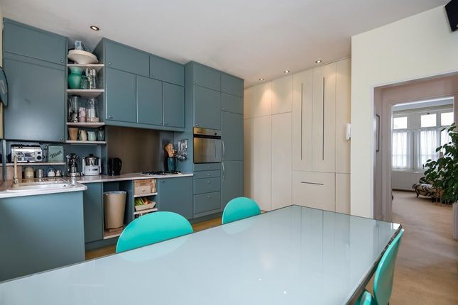 Thumbnail Flat for sale in Friars Stile Road, Richmond
