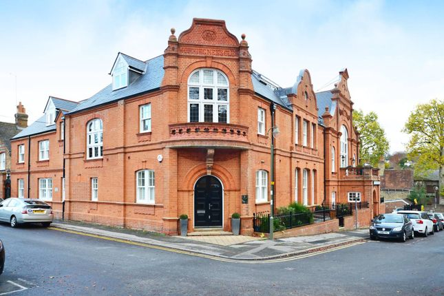 Thumbnail Maisonette to rent in Millmead Terrace, Guildford