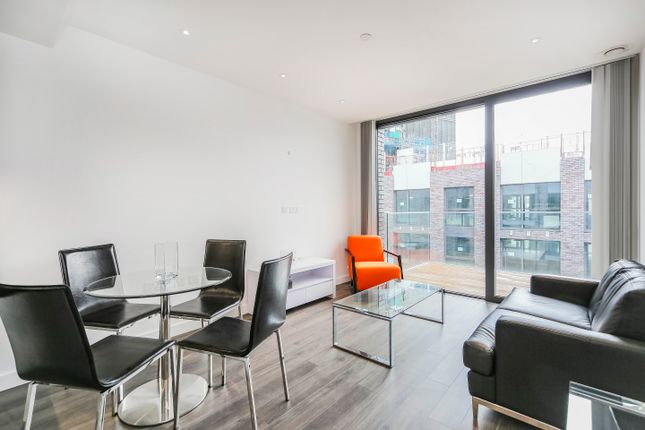 Thumbnail Flat for sale in Goodman Fields, 4 Canter Way, London