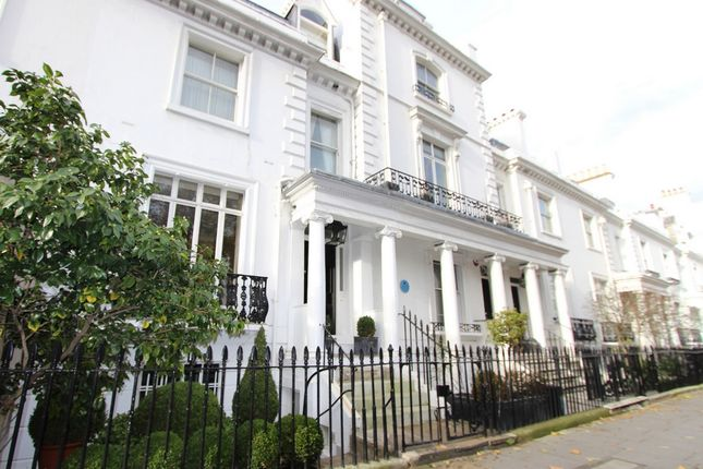 Thumbnail Terraced house for sale in Walton Place, Knightsbridge