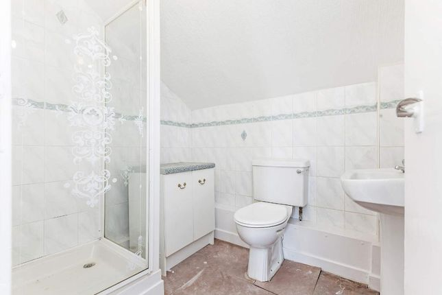 Showerroom of Marine Parade, Dunoon PA23