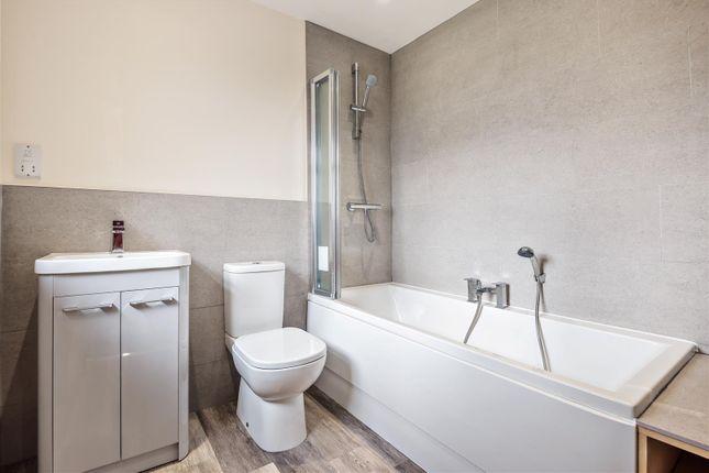 Family Bathroom of Hawthorn Road, Cherry Willingham, Lincoln LN3