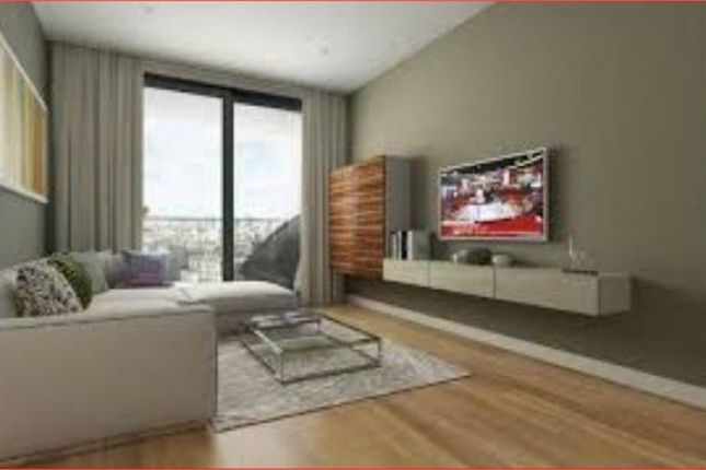 3 bed flat to rent in Chancellor House, 395 Rotherhithe New Road, London