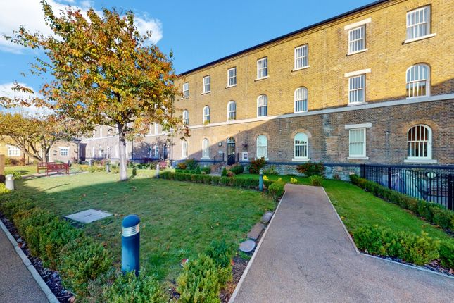 Thumbnail Flat for sale in Chaucer House, Ealing
