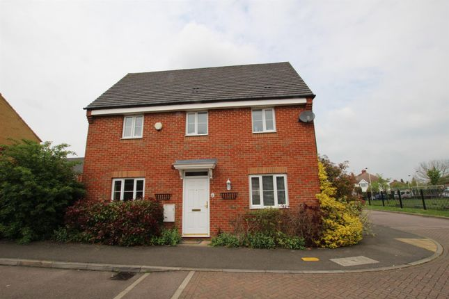 Thumbnail Property to rent in Peppercorn Way, Dunstable