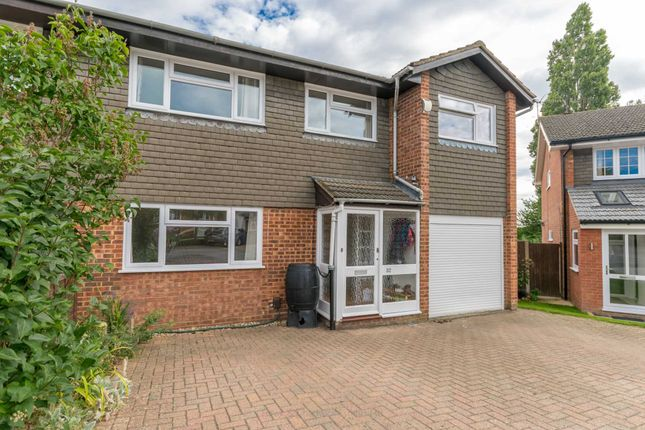 Thumbnail Semi-detached house to rent in Ranleigh Walk, Harpenden