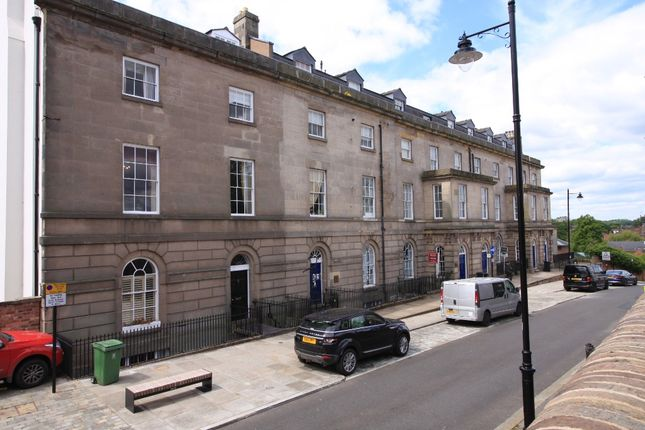 2 bed flat to rent in Claremont Bank, Town Centre, Shrewsbury SY1