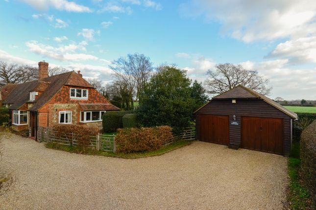 Thumbnail Cottage for sale in Mill Hill, Ashford Road, Kingsnorth, Ashford