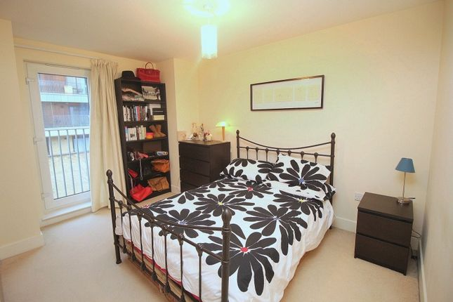 4 bedroom property for sale in Kimmerghame Drive, Fettes, Edinburgh