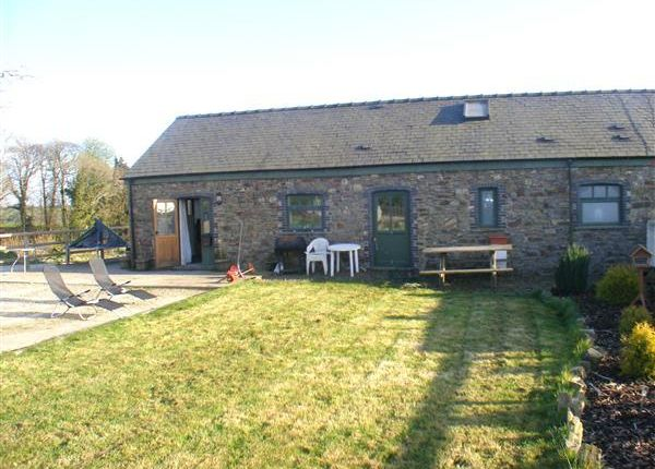 3 bed cottage to rent in Home Farm Cottage, Crundale, Haverfordwest SA62