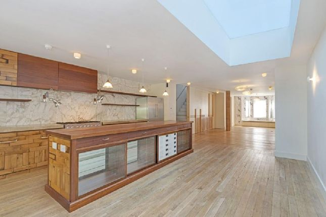 Thumbnail Terraced house for sale in Ainger Road, London