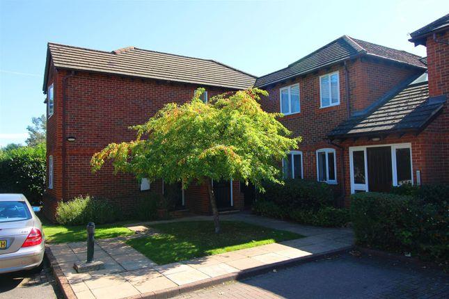 Img_9739 of Parkhouse Lane, Reading RG30