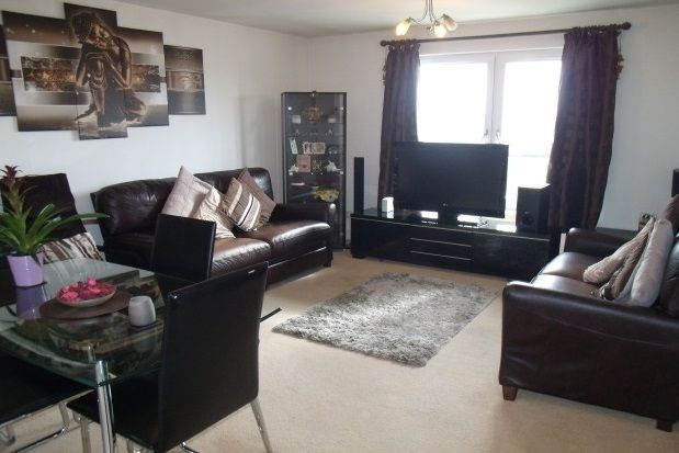 Thumbnail Flat to rent in Larchfield Avenue, Glasgow