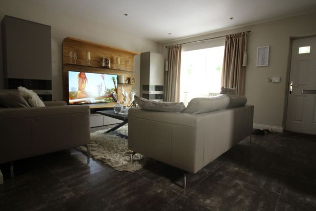 Thumbnail Detached house for sale in Manor Gardens, Bury