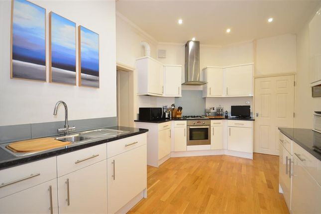 Thumbnail Flat for sale in Silwood Place, St Johns Road, Crowborough, East Sussex