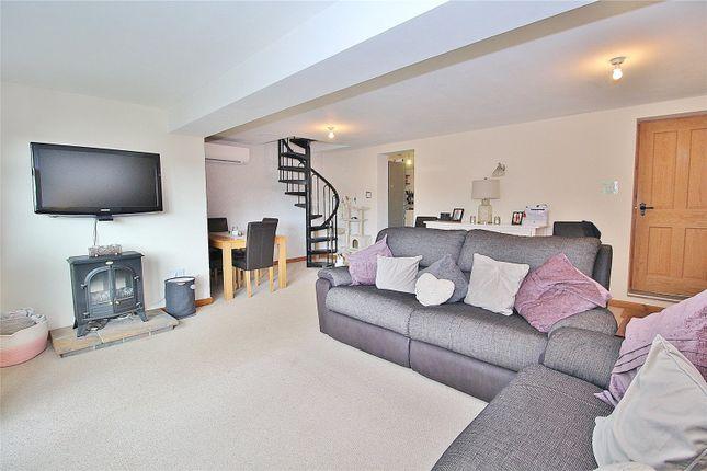 Annexe Lounge of Cross Lane, Findon Village, West Sussex BN14
