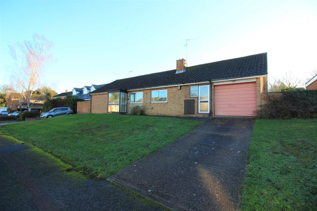 Thumbnail Detached bungalow for sale in Hawkenbury, Harlow