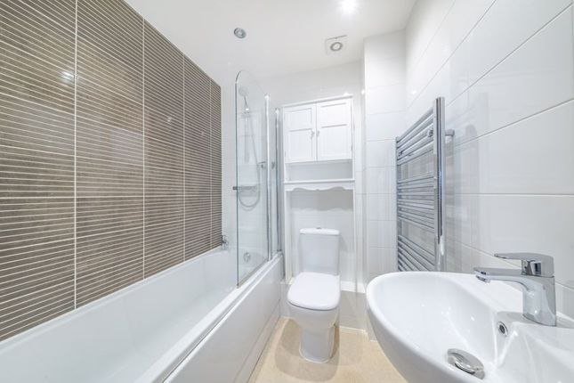 Main Bathroom of Gingham House, Fountain Street, Leeds LS27