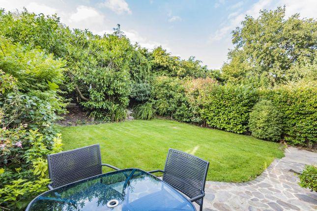 Garden of Windlesham, Surrey GU20