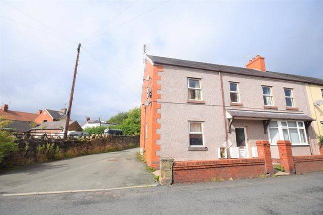 Thumbnail Flat to rent in Hall Street, Rhosllanerchrugog, Wrexham