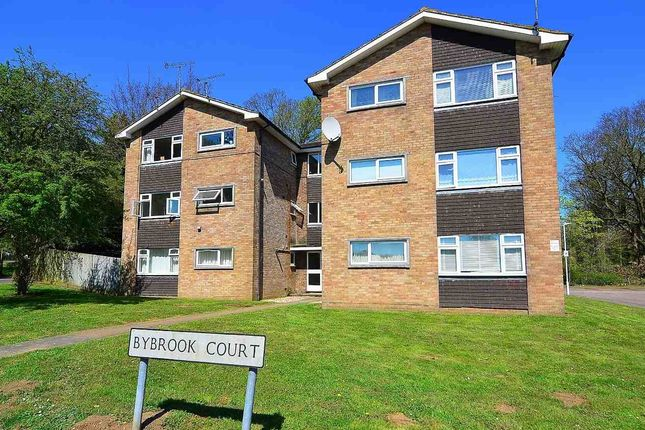 Thumbnail Flat to rent in Bybrook Court, Kennington, Ashford