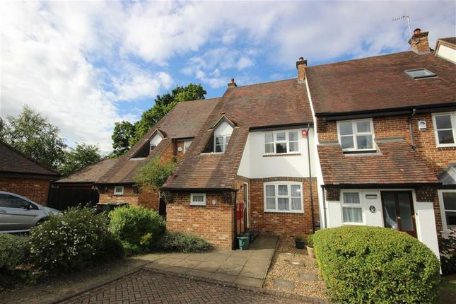 Thumbnail Terraced house for sale in Lodge Gardens, Harpenden, Hertfordshire