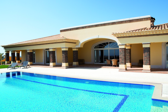 Thumbnail Villa for sale in Albufeira, Central Algarve, Portugal