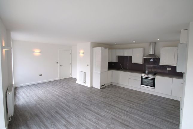 Thumbnail Flat to rent in Grimsby Street, London