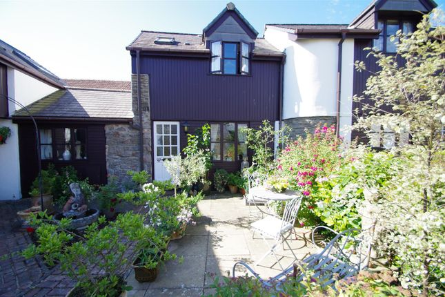 Thumbnail Cottage for sale in Town Farm Court, Braunton