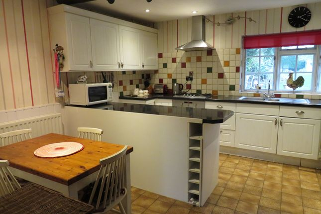 Cottage for sale in Kenilworth Road, Balsall Common, Coventry