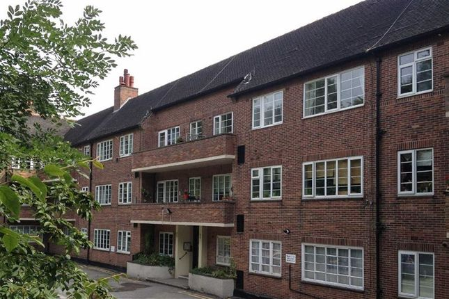 1 bed flat to rent in Stumperlowe Mansions, Fulwood