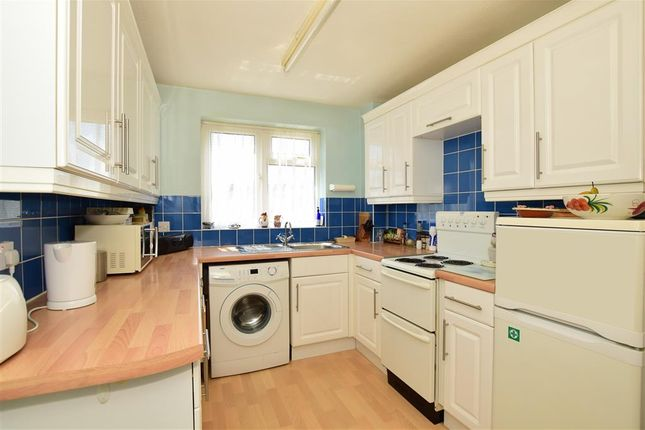3 bed end terrace house for sale in Berkeley Row, Lewes, East Sussex