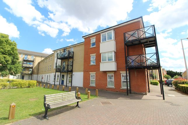Flat for sale in Norfolk Court, Glandford Way