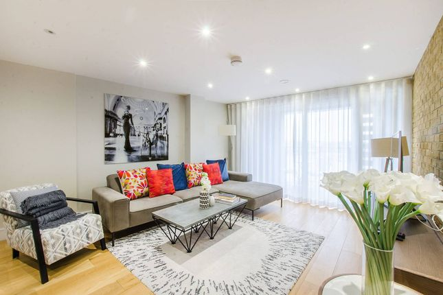Thumbnail Flat to rent in Marc Brunel House E1W, Wapping, London,